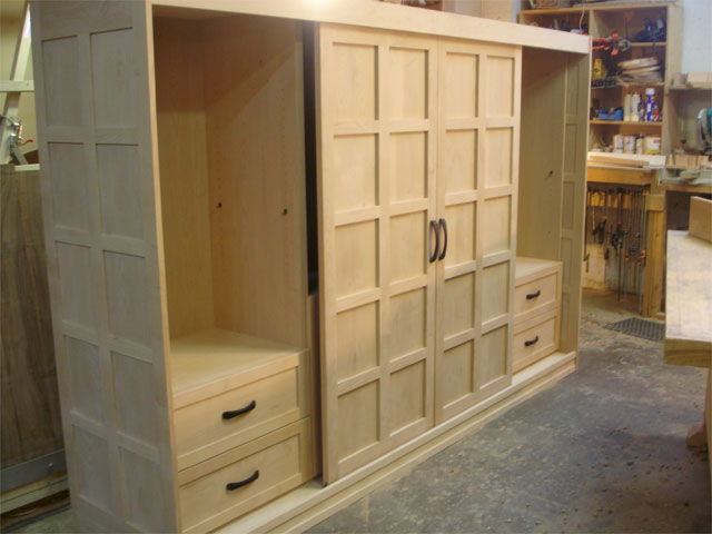 Sliding door media cabinet (closed)
