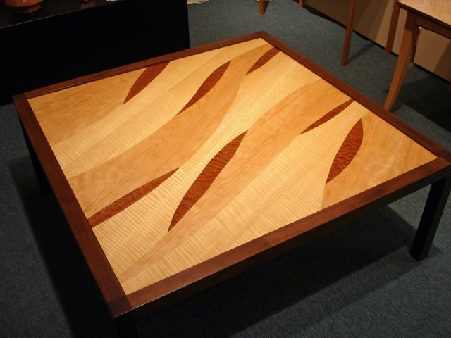 """""""Pod"""" cocktail table"""